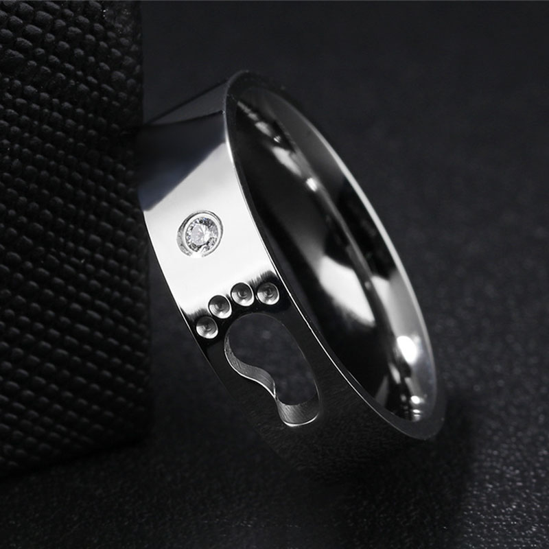 Couple Stainless Steel Hollow Footprints Engrave Rings
