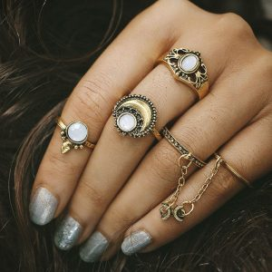 Women's 5 Pcs Vintage Ring Set Gold Silver Moon Opal Gem Trendy Knuckle Rings Gift