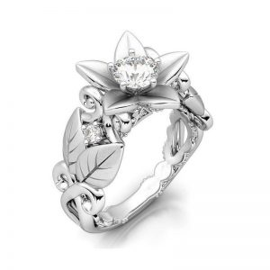 Vintage Platinum Plated Inlaid Silver Flower Leaf Hollow Zirconia Ring for Women