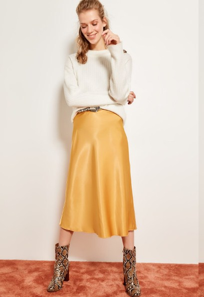 4ab03c8e5 Trendyol Satin Skirt TOFSS19WX0013 - VolgoPoint