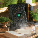 Halloween Deluxe Animated Dragon Book With Movable Eye Halloween-e4
